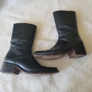 Frye rush heeled mid calf black leather boots